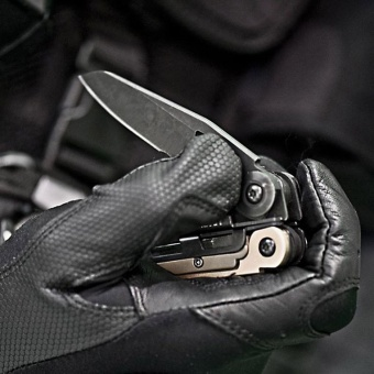 Multi-tool Leatherman MUT®